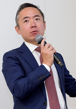 増田 陳彦氏