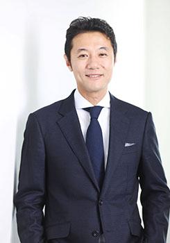 入山 章栄氏