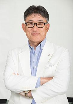 高岡 浩三氏