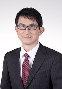 湯川 高康氏