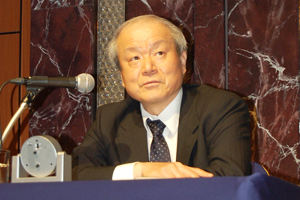 戸苅利和氏photo