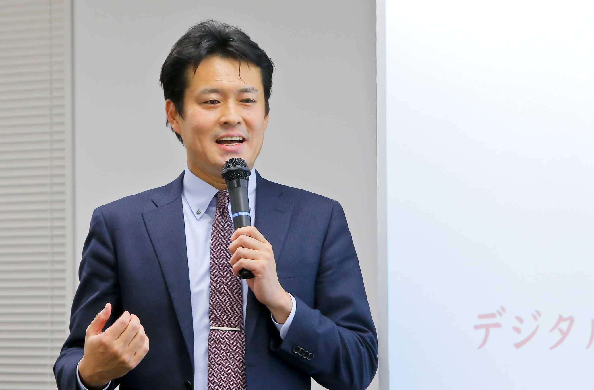 法政大学 キャリアデザイン学部 教授 田中研之輔氏photo