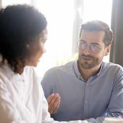 1on1の導入割合は4割超。上司の傾聴力が成功の鍵に