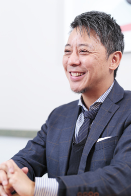 株式会社シンクスマイル 代表取締役CEO 新子明希さん photo