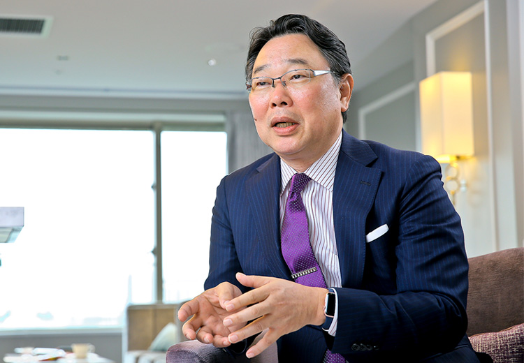 日本オラクル株式会社 取締役 代表執行役社長兼CEO 杉原 博茂さん