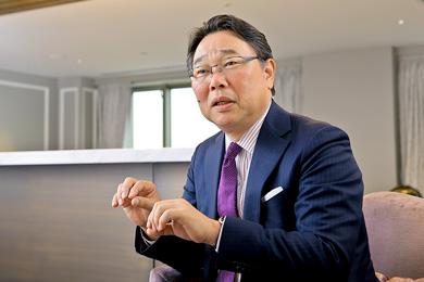 日本オラクル株式会社 取締役 代表執行役社長兼CEO 杉原博茂さん インタビュー photo