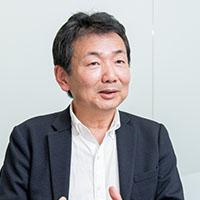 荻島 浩司さん(株式会社チームスピリット 代表取締役社長):<br /> 思い切った事業の構造改革によって生み出された<br /> 働き方改革プラットフォーム「TeamSpirit」