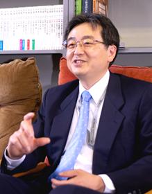 中島 隆信さん  慶應義塾大学商学部教授