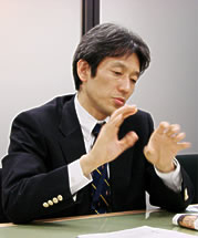 柳本 直行さん  財団法人 社会経済生産性本部 経営品質推進部部長