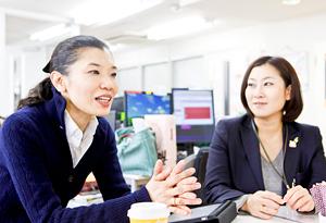 石渡 美奈さん(左)、石津 香玲良さん(右) Photo