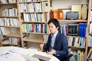 服部泰宏さん Photo