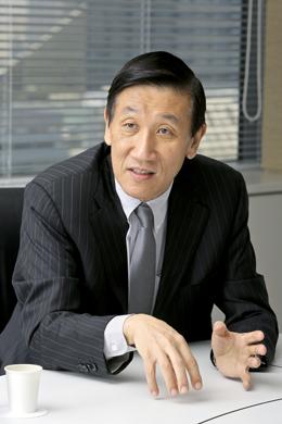 安渕聖司さん Photo