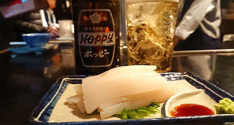 荻窪「やきや」。立ち呑み酒場もひと時の酒場浴には最適です。