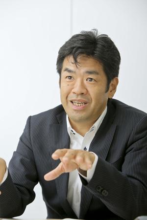 砂子 振一郎さん(HOYAサービス株式会社)インタビューの様子