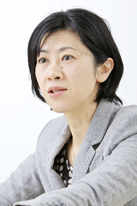 日本経済新聞社 上杉栄美さん