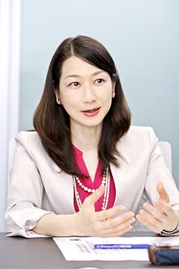 岡元利奈子さん photo