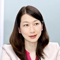 岡元利奈子さん