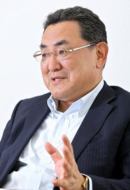 国際自動車株式会社 専務取締役渡 邉啓幸氏