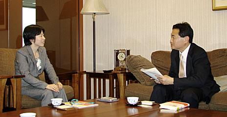 松井証券株式会社 総務企画部担当課長 足立朋子さん、ジャーナリスト・溝上憲文