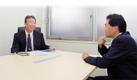 プリマ・マネジメント・サービス株式会社 代表取締役社長 吉野貞夫さん、ジャーナリスト・溝上憲文