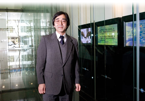 総務局総務 兼 人事部長 山本 智さん
