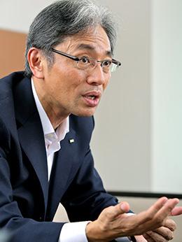 KDDI株式会社 白岩徹さん Photo
