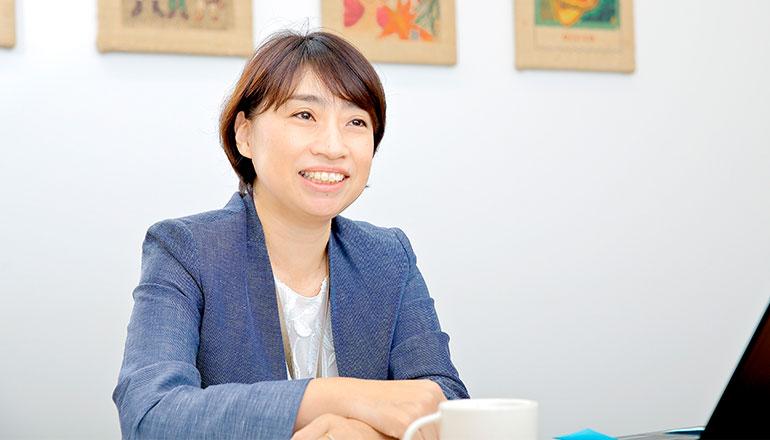 企業インタビュー|顧客を感動させるサービスは従業員の「内発的動機」から生まれる マニュアルのないスターバックスは、なぜエンゲージメントを高められるのか(前編) - 『日本の人事部』