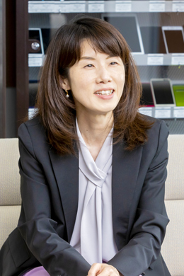 千葉 華久子さん(KDDI株式会社 人財開発部長)