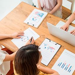 従業員エンゲージメントを高めるヒントとソリューションサービス