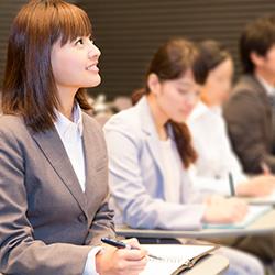 新入社員研修の効果を高めるヒントと『日本の人事部』がおすすめするサービス27選