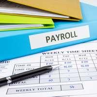 給与計算を効率化するシステム活用のヒント 活用範囲とコストを検討し、導入効果を最大化するサービス選び