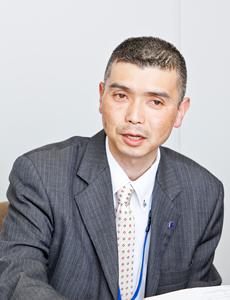 ミツイワ株式会社 総務部 課長 松波 弘治さん