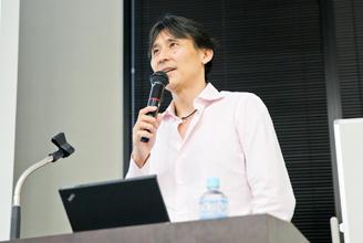 安田佳生氏による講演の様子